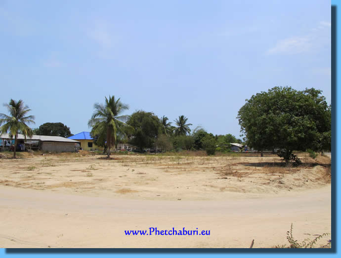 Free land for sale in Cha-Am Thailand